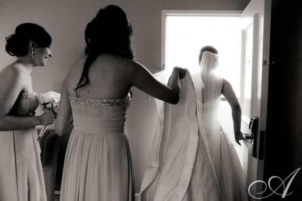 lisa_scott_boston_wedding- bride ready to meet her groom at boston hyatt regency downtown