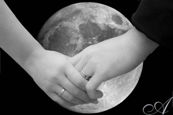 moon-hands