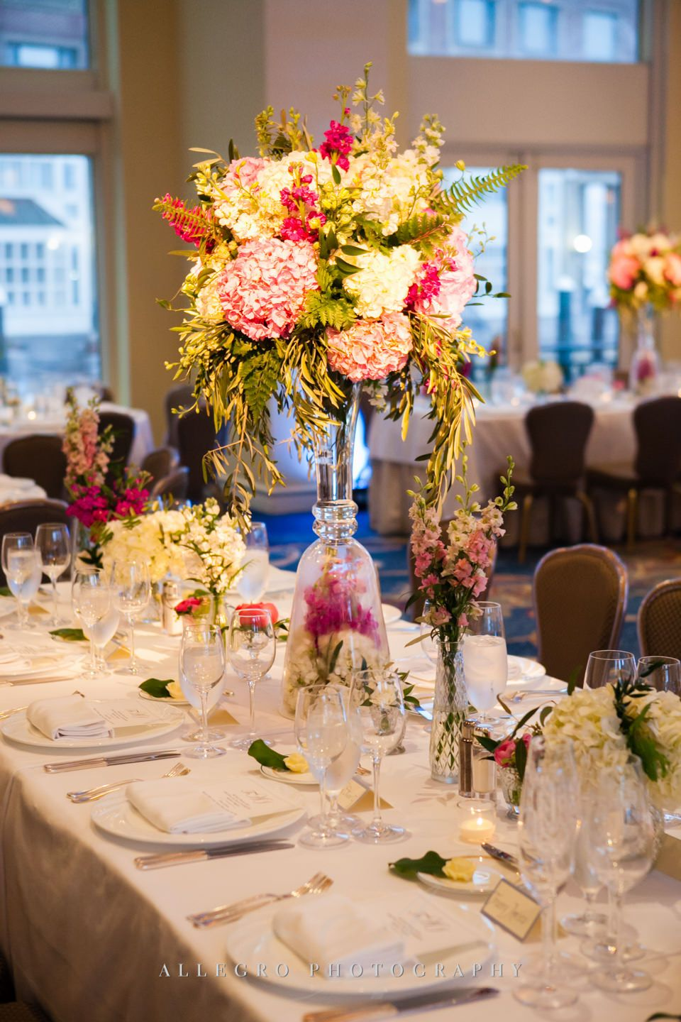 beautiful luxury wedding decor- photo by allegro photography
