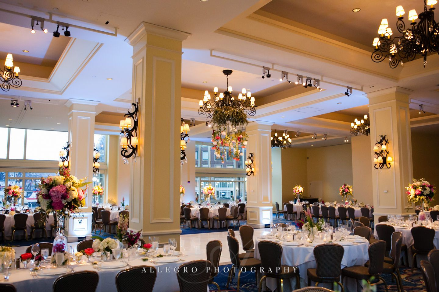 Full Room Set Up Amazing Photo By Allegro Photography