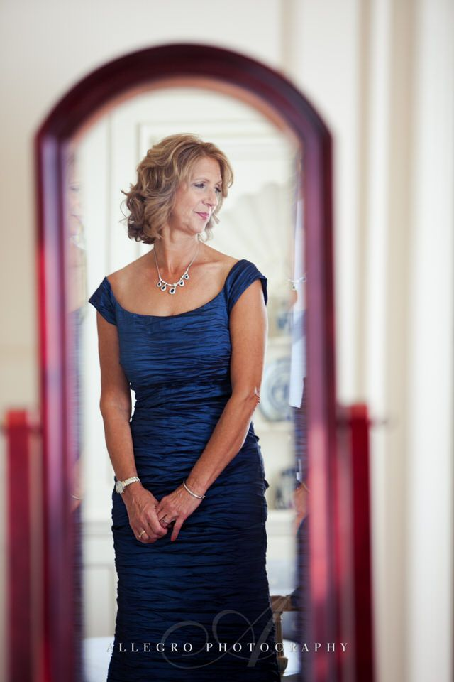 mother of bride watching her get ready - photo by Allegro Photography