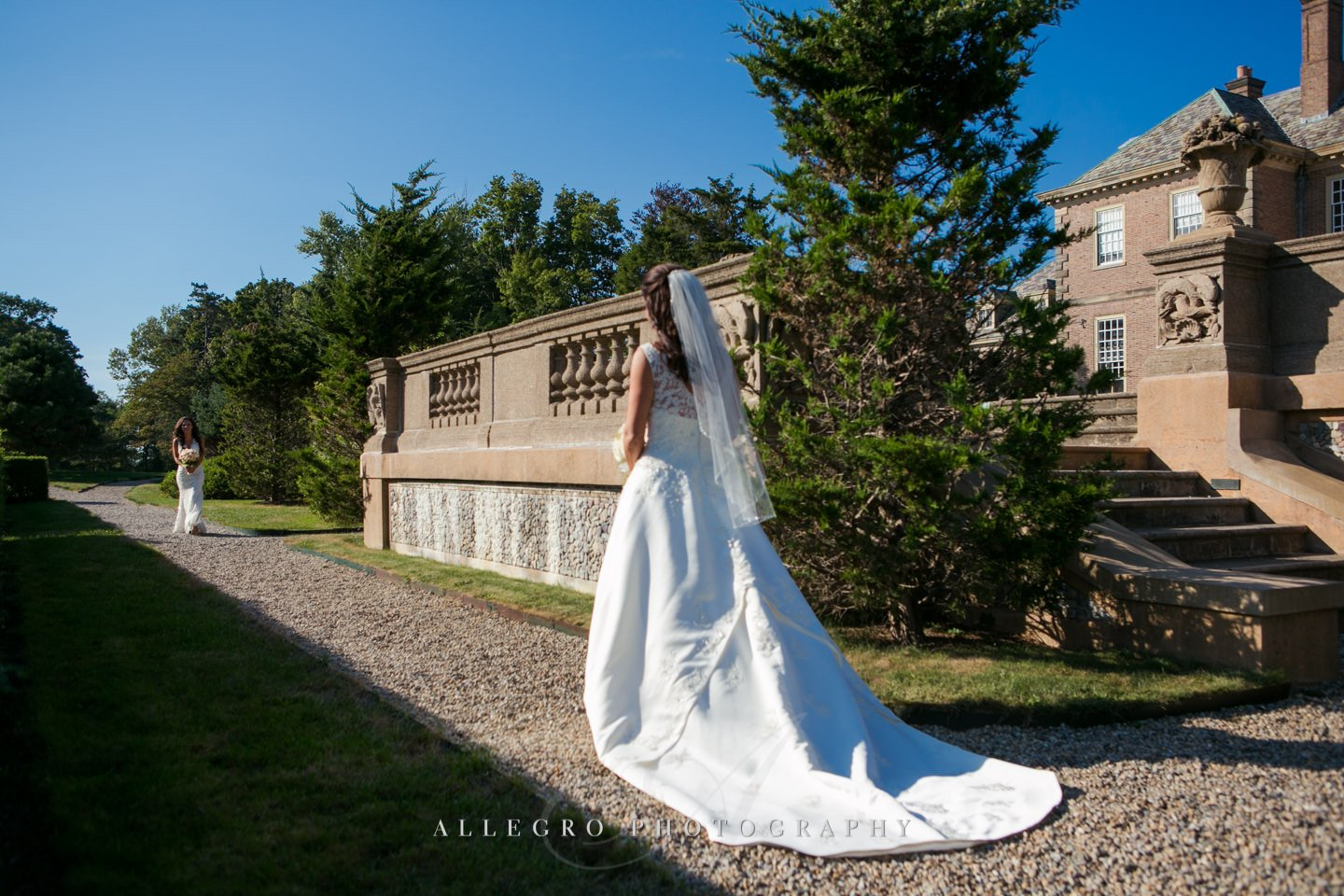 brides first look - photo by Allegro Photography