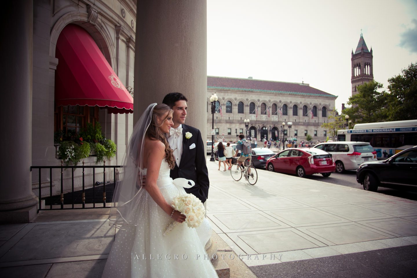 bride and groom in the city- photo by Allegro Photography