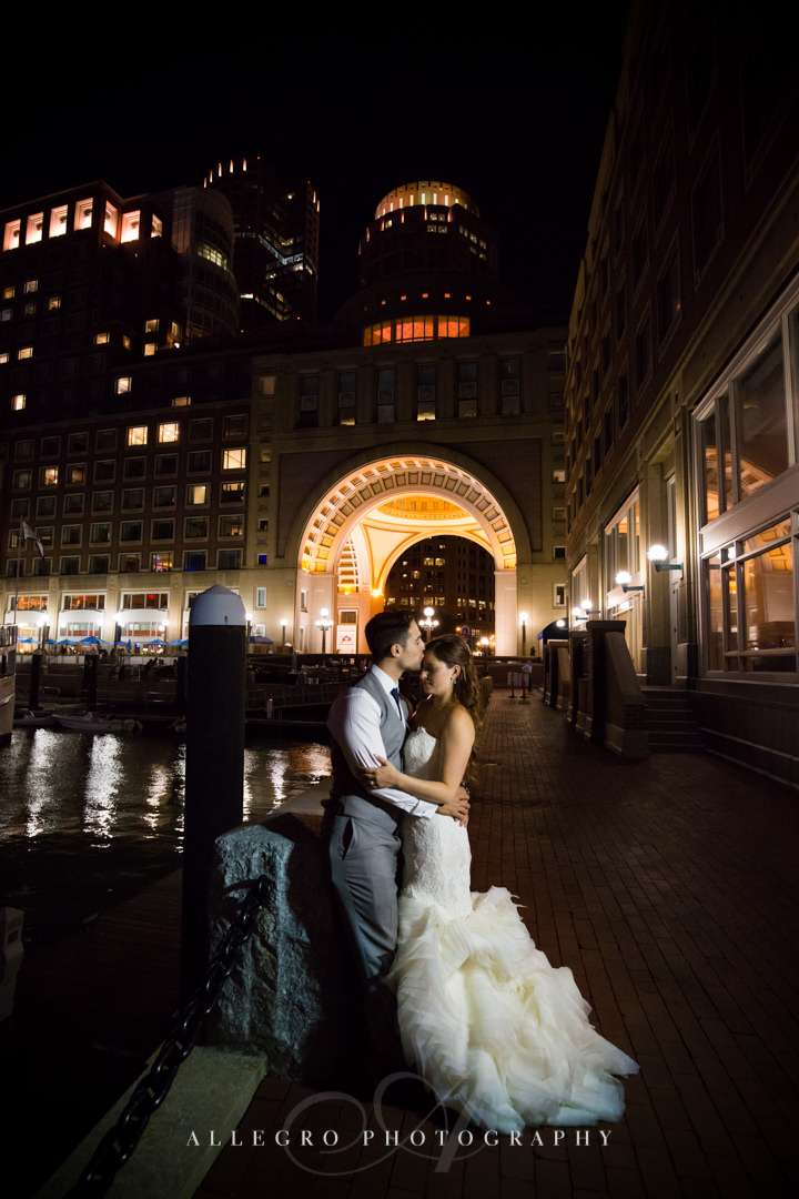 nighttime wedding photos in downtown boston - photo by allegro photography