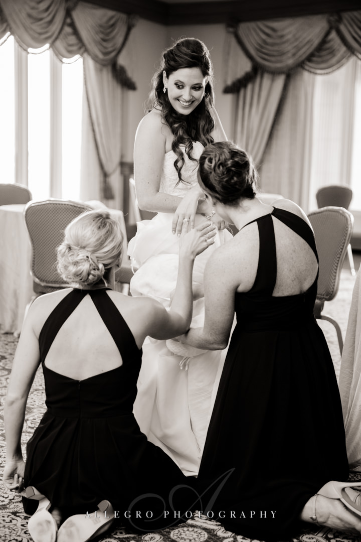 boston bride and bridesmaids - photo by allegro photography