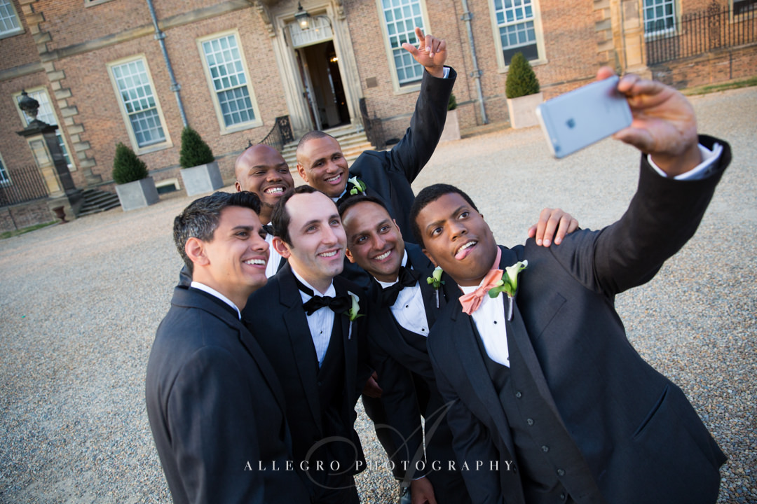 wedding selfie at crane estate - photo by allegro photography