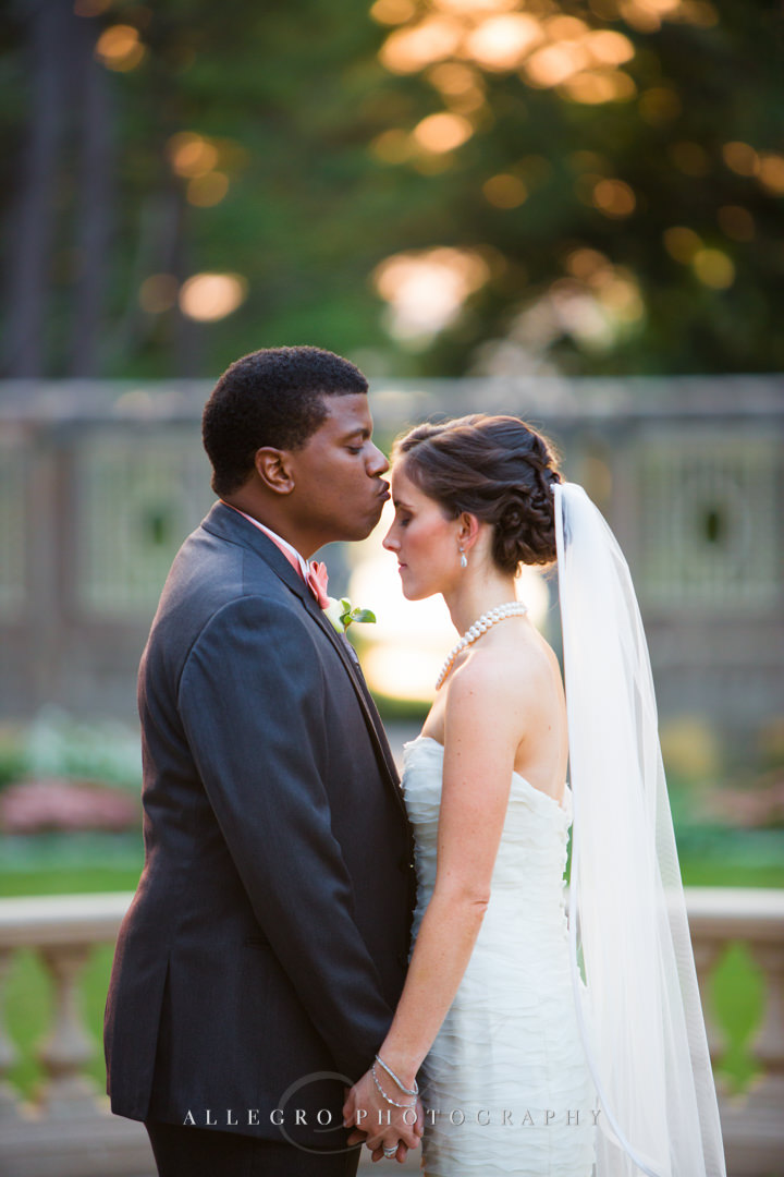 sweet and romantic moment at the crane estate - photo by allegro photography