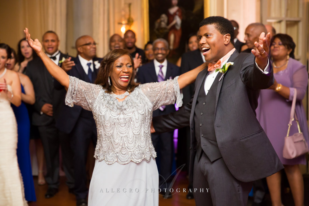 groom and mom dance at wedding reception - photo by allegro photography