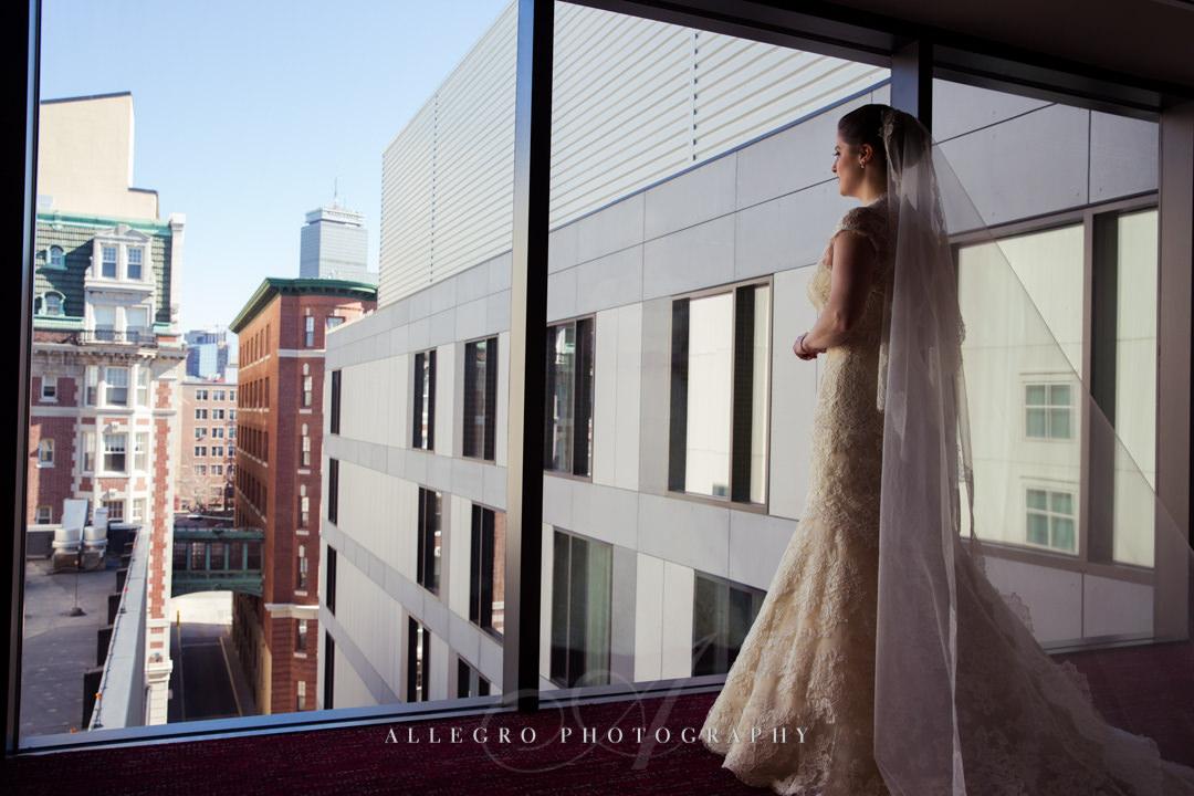 urban boston bridal portrait - photo by allegro photography