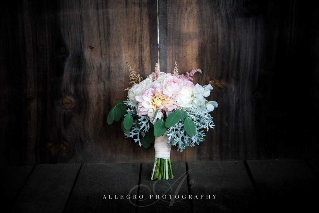 pink and green bouquet at mirbeau inn & spa - photo by allegro photography