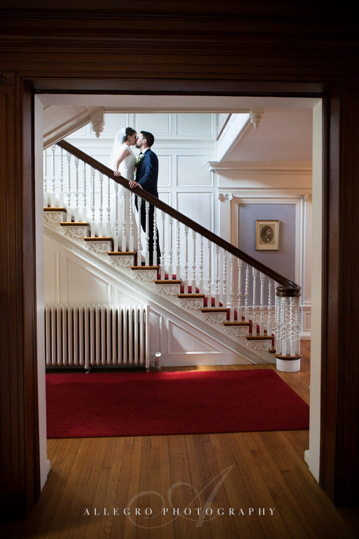 wedding kiss at the pierce house - photo by allegro photography
