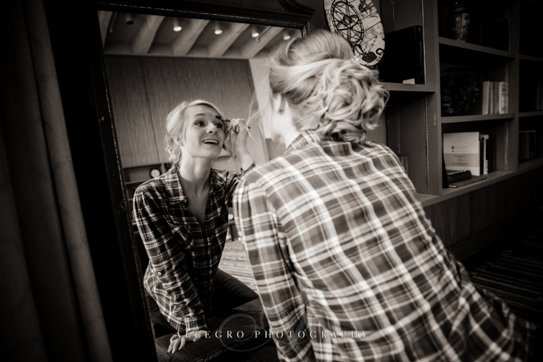 bride getting ready at Wellesley college club - photo by allegro photography
