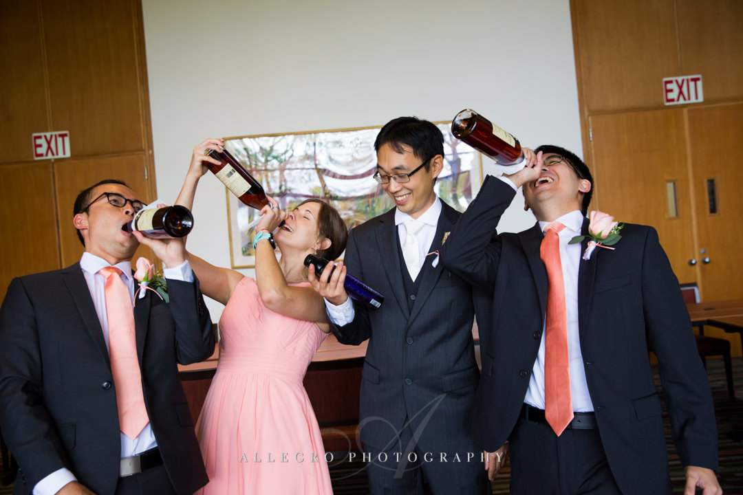 funny wedding party photo at the wellesley college club - photo by allegro photography