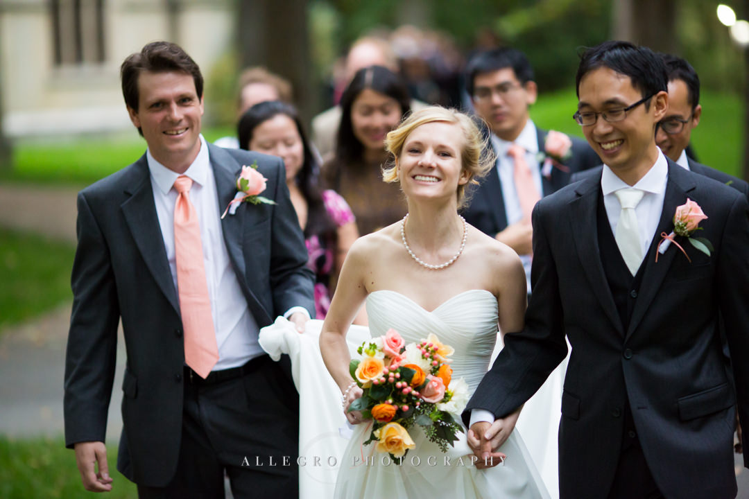 wedding party at wellesley college - photo by allegro photography