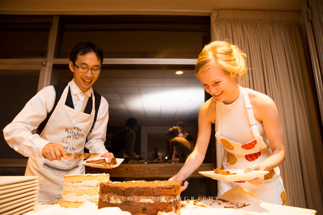 tasting the cake at wellesley college club - photo by allegro photography