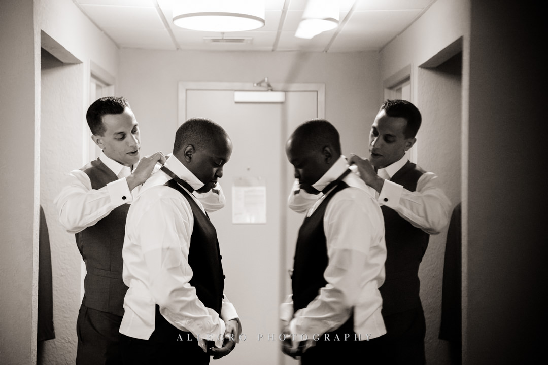 groom getting ready - photo by allegro photography