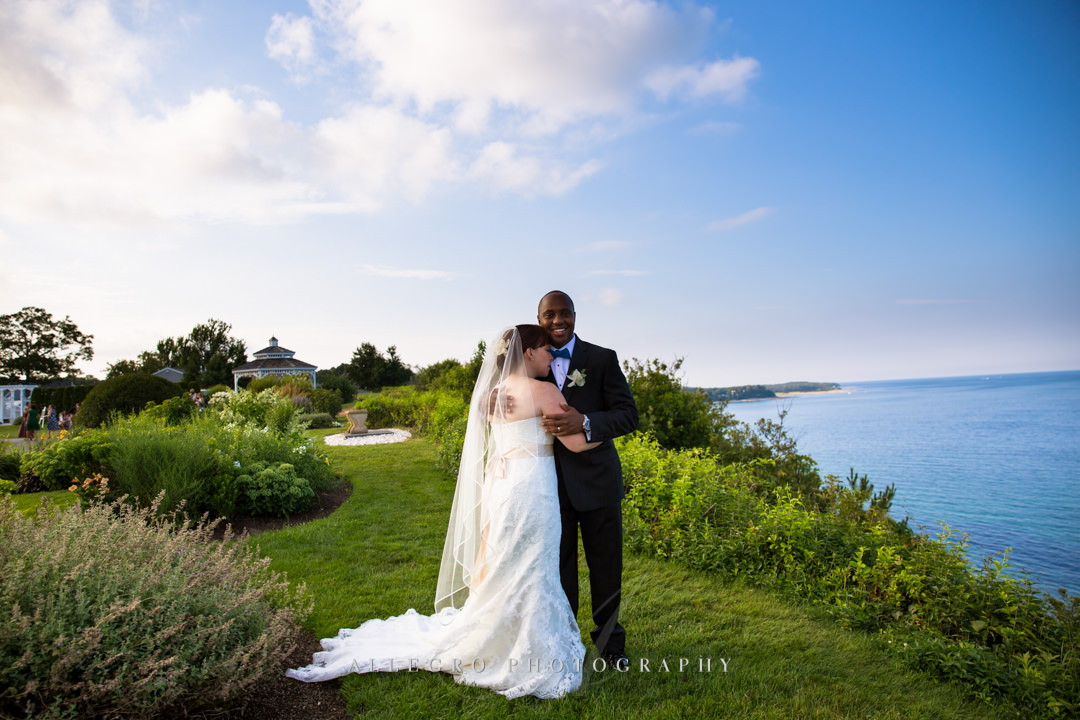 white cliffs country club wedding portrait - photo by allegro photography