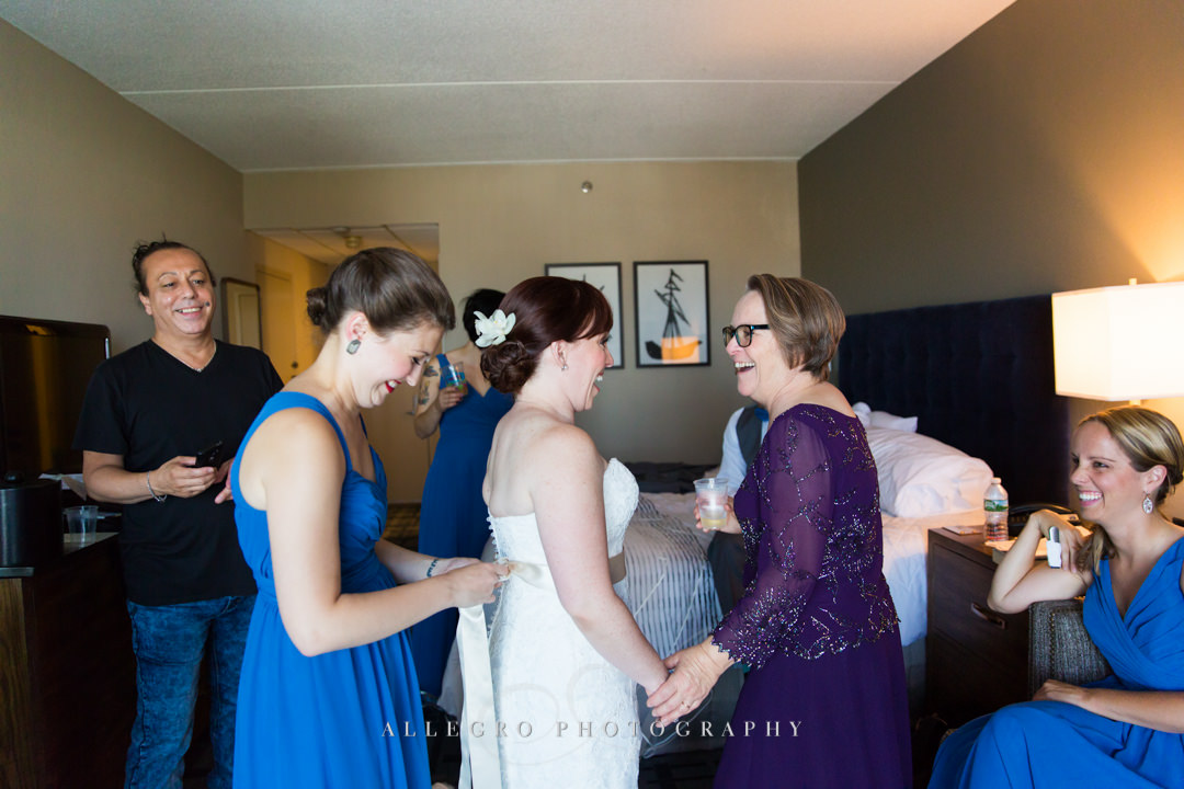 mom and bride getting ready - photo by allegro photography