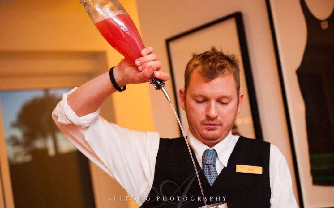 How To Personalize Your Wedding Cocktails!