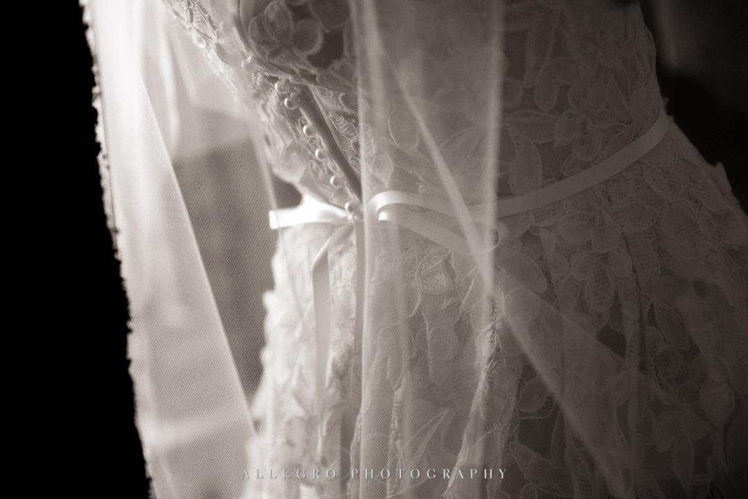 allegro photography: beautiful lace wedding gown and veil