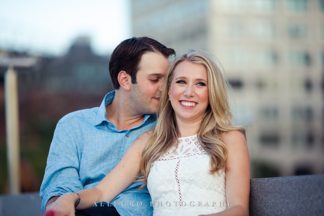 Smiling couple in NYC | Allegro Photography