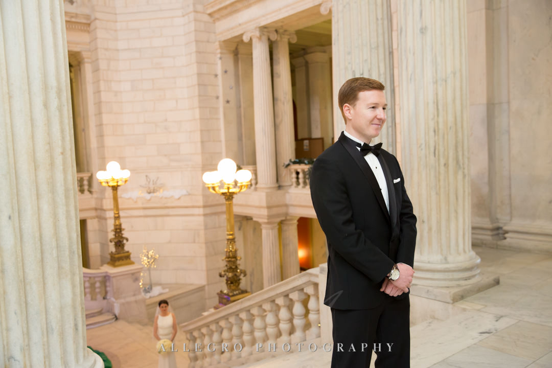 ri state house- Groom awaits first look at his brie