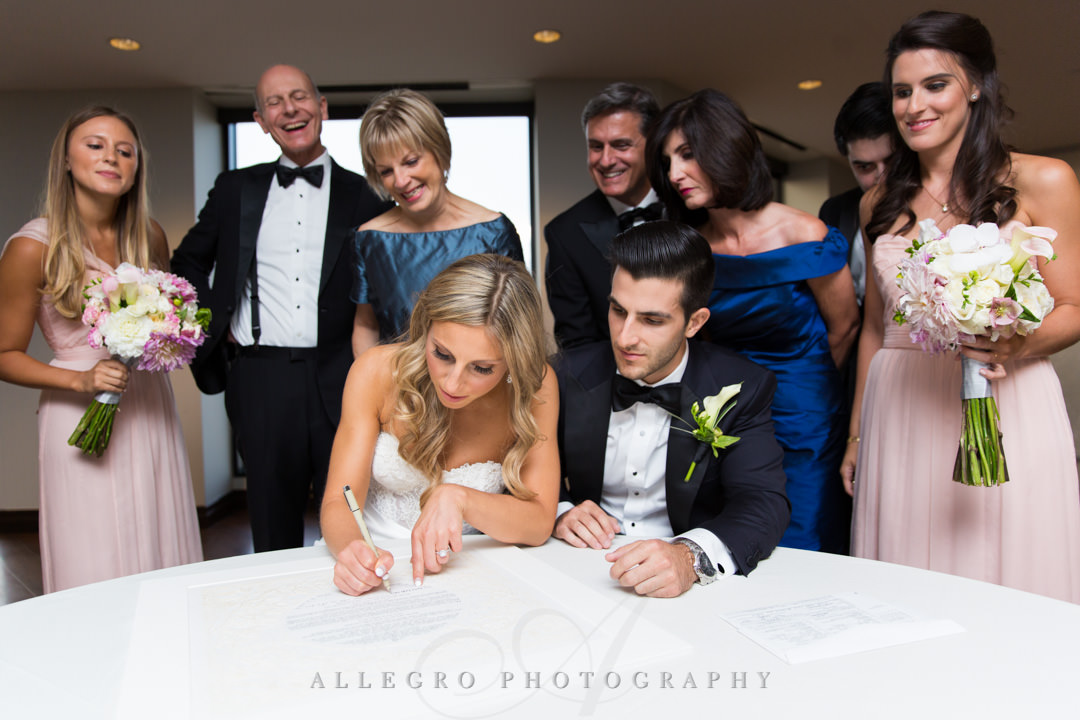 Bride writes to wedding guests