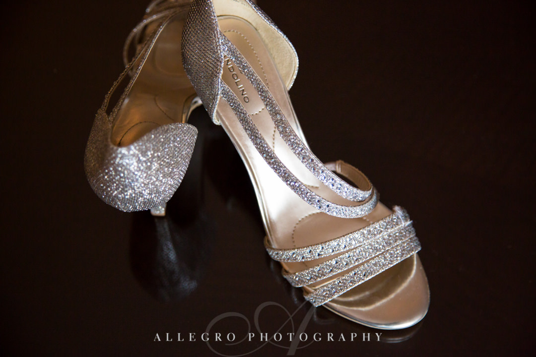 Silver sparkly heels | Allegro Photography