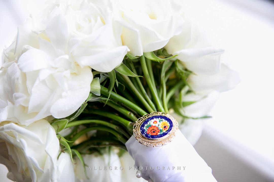 brides bouquet details