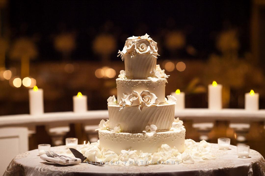 wedding cake at the fairmont